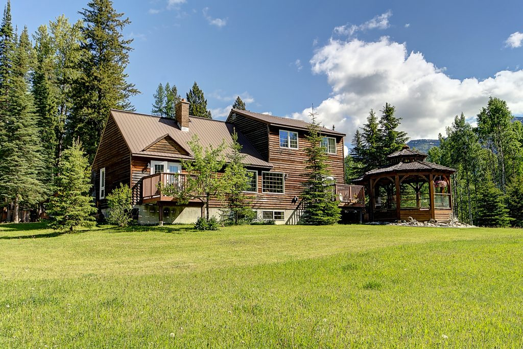 Birch Meadows Lodge Bed and Breakfast Summer